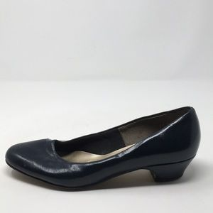 HUSH PUPPIES BLUE KITTEN HEELS 7.5M